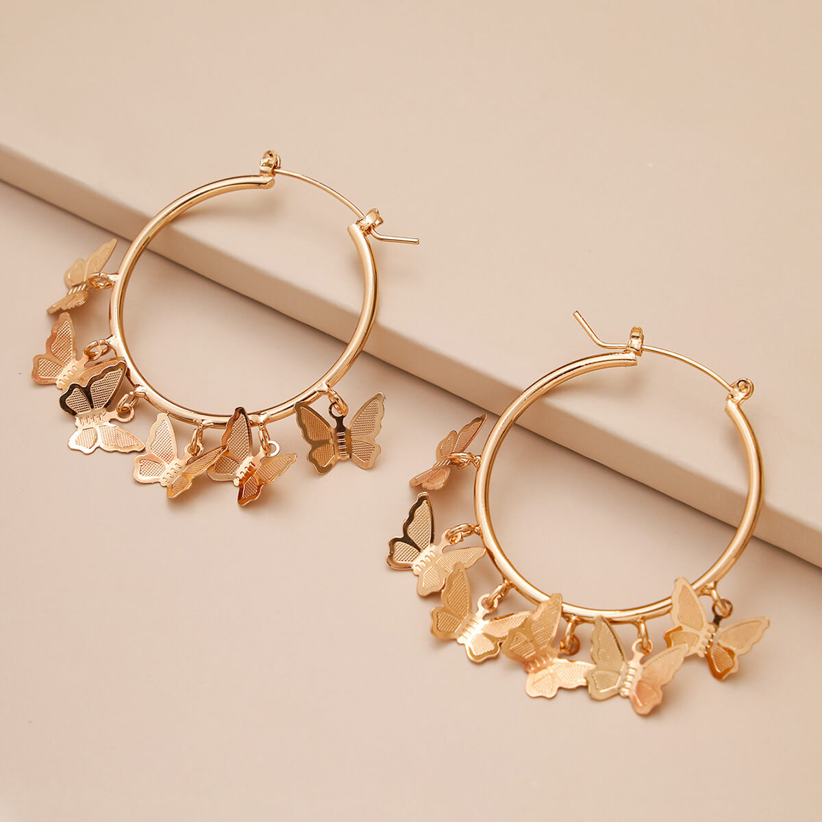 Lovely Trendy Butterfly Gold Earring