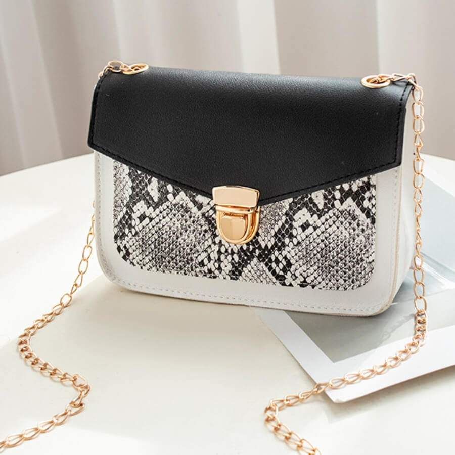 Lovely Casual Snake Print Metal Accessories Decoration Black Crossbody Bags