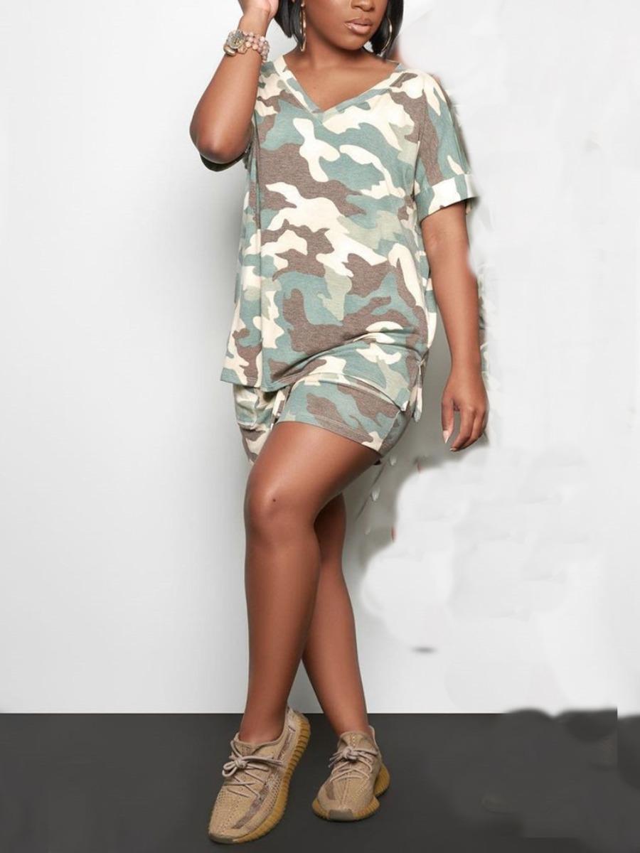 Lovely Sporty V Neck Camo Print Green Plus Size Two-piece Shorts Set