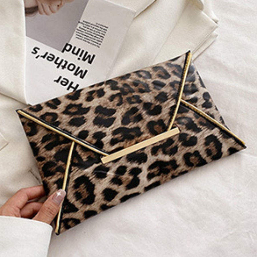 Lovely Leopard Print Clutch Bag