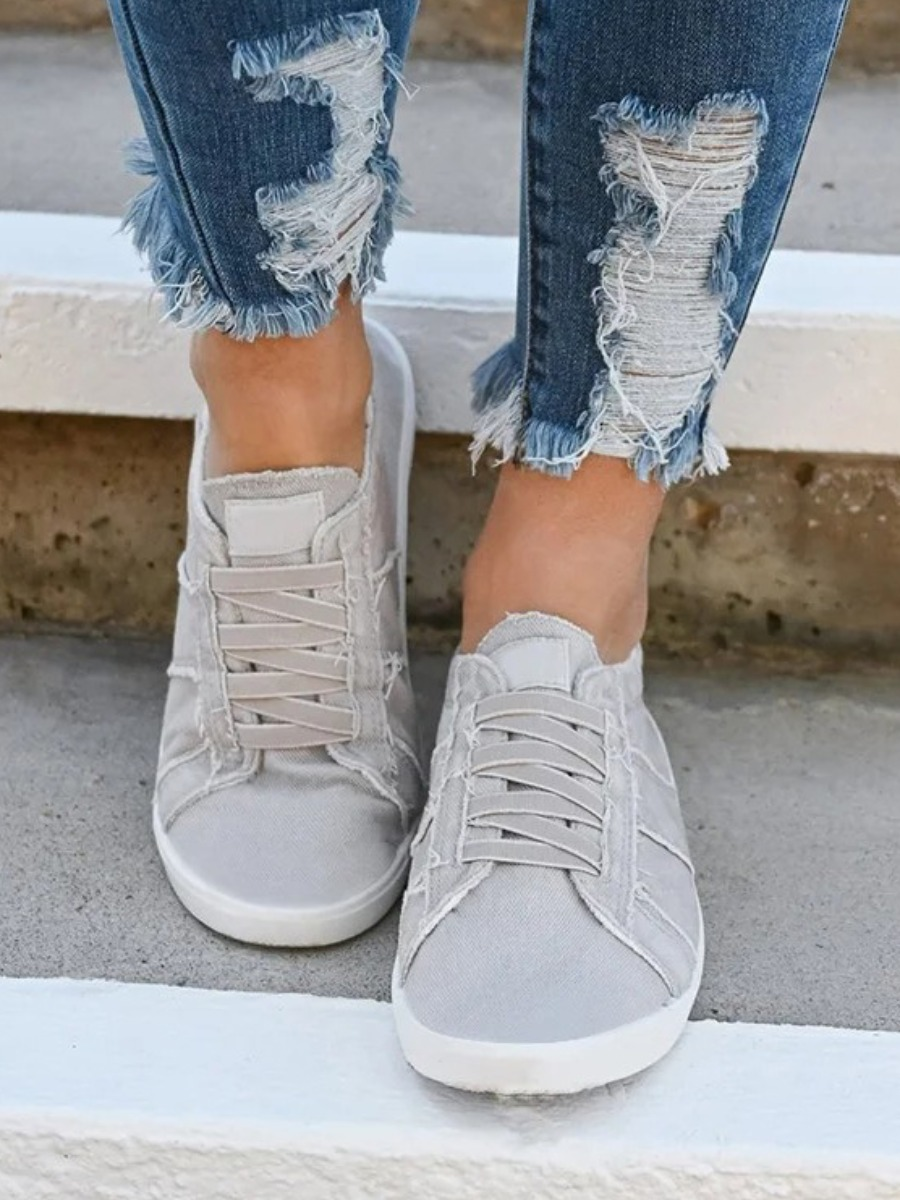 LW Lace-up Low Heel Flats