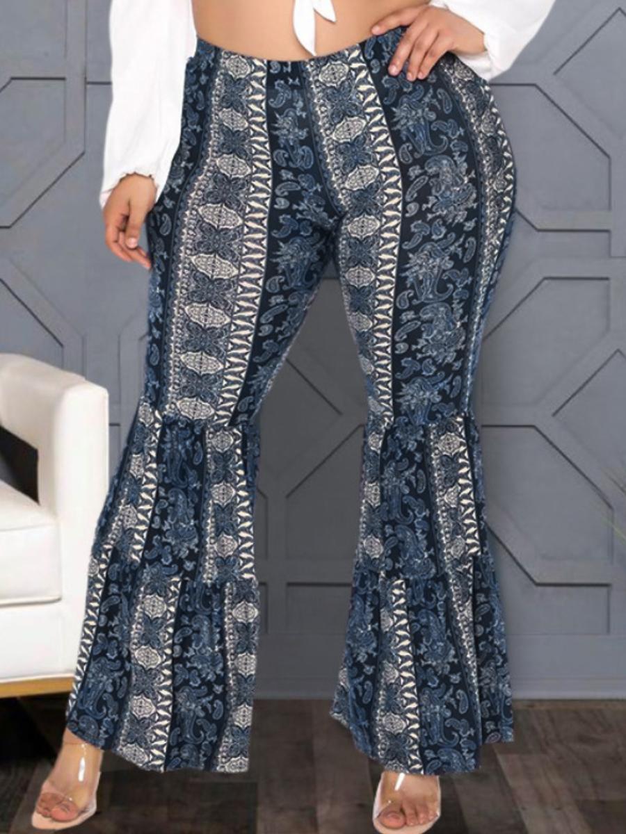 LW Plus Size Cashew Print Flared Pants