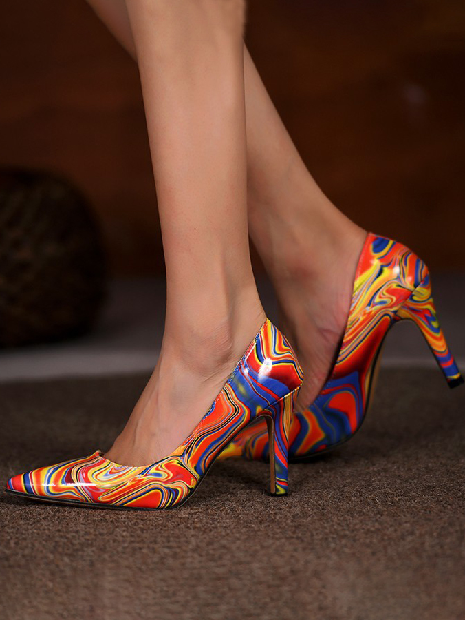 Lovely Wavy Striped Pumps