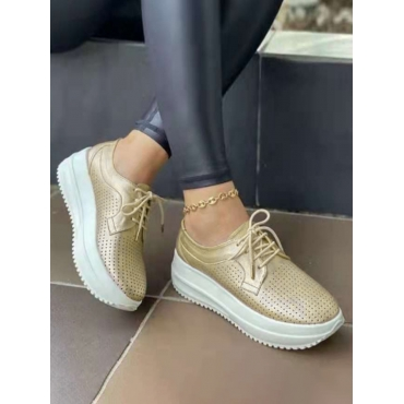 LW Hollow-out Sneakers